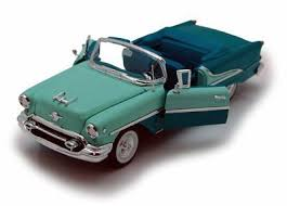 Welly 1955 Oldsmobile Super 88 1:18
